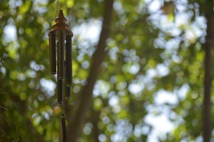 Tous les bénéfices concrets et mystiques des carillons à vent